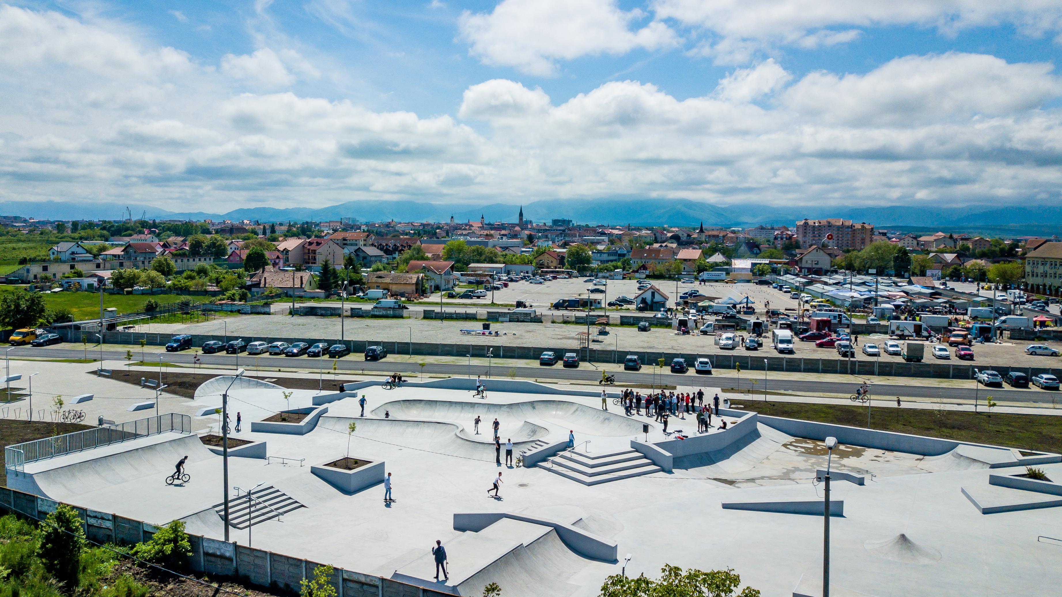 Primăria Sibiu a deschis noul skate park din zona Obor